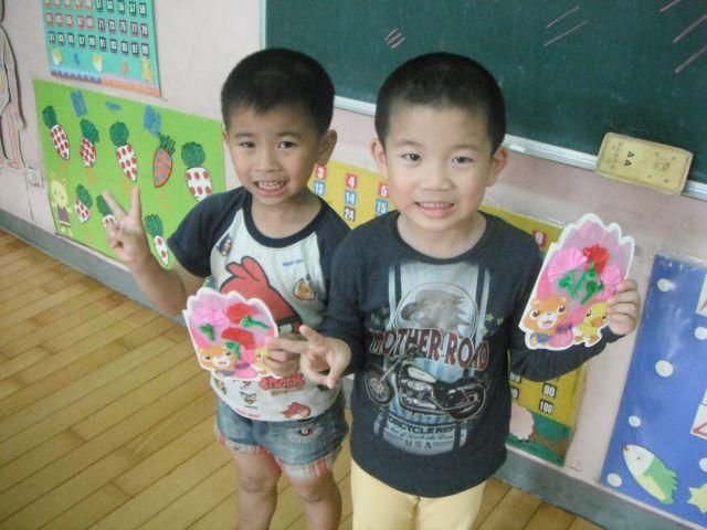 母亲节卡片-学生作品-红苹果幼儿园